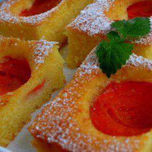 Szybkie ciasto z morelami (Kostka morelowa)