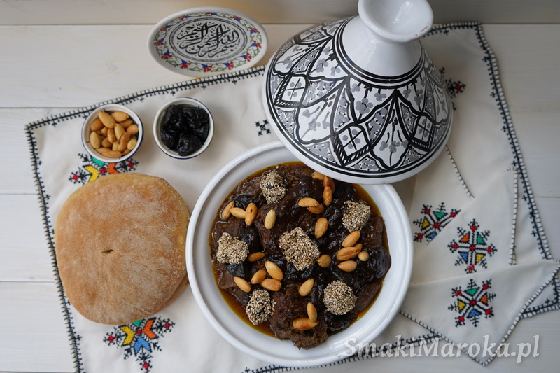 wołowina po marokańsku, wołowina ze śliwkami, kuchnia marokańska