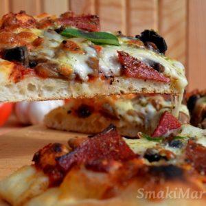 Ciasto na pizzę + przepis na sos