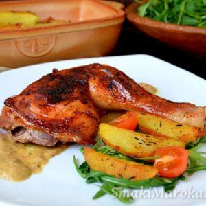 Pieczone udka z kurczaka z sosem curry-mango