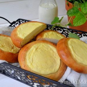 Drożdżówki z serem