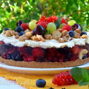 Kruche ciasto z owocami, galaretką i mascarpone