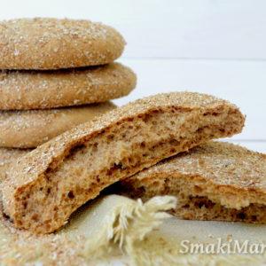 Pełnoziarnisty chlebek marokański (khobz)