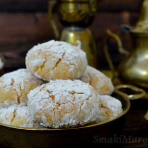 Ghriba - marokańskie ciasteczka z kokosem i semoliną