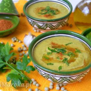Bissara jelbana – marokańska zupa z suszonego zielonego groszku