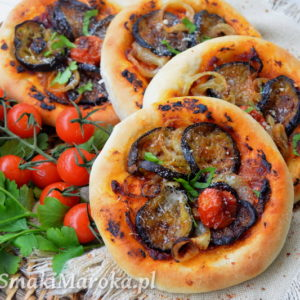 Mini pizze z grillowanym bakłażanem