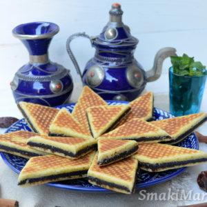 Marokańska harcha z daktylami (bradj)