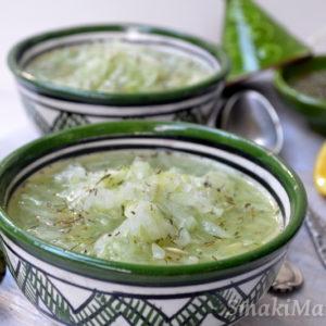 Marokańska sałatka ogórkowa z tymiankiem