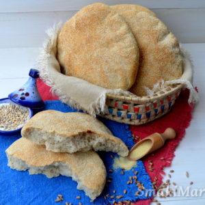 Marokański chleb (khobz) pszenno-jęczmienny