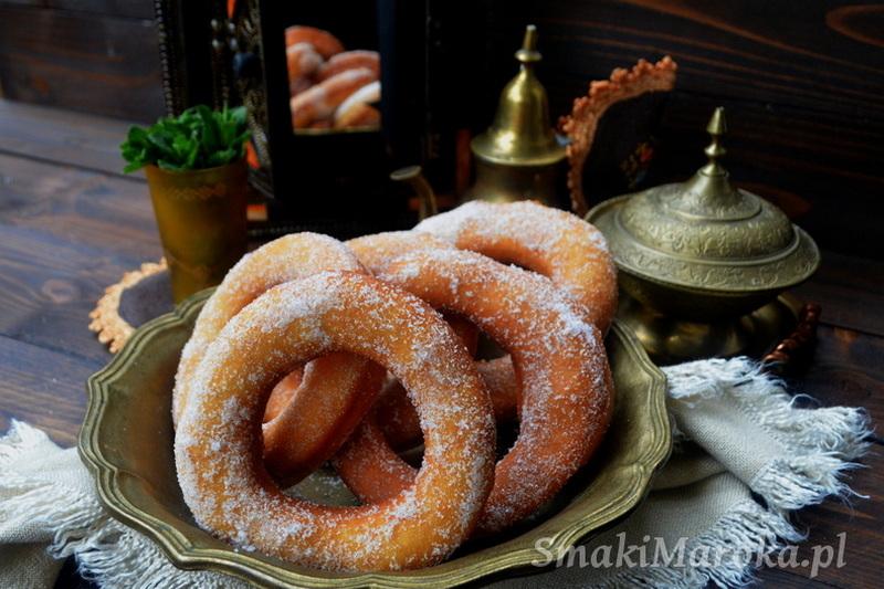 beignets, moroccan beignets, kuchnia marokańska, oponki,