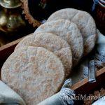 Batbout pełnoziarnisty - marokański chleb z patelni