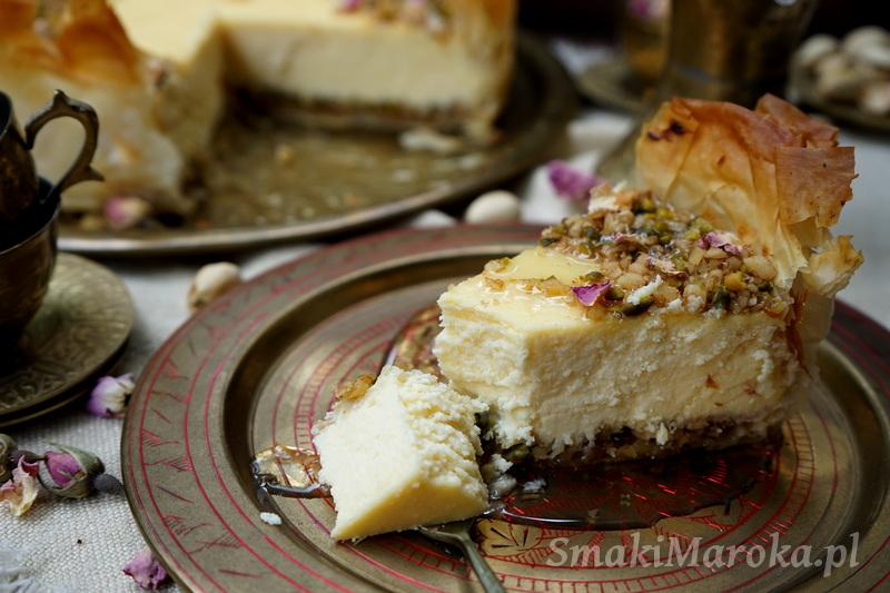 sernik bakława, ciasto filo, sernik świąteczny, kuchnia turecka, sernik z orzechami