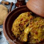 Tagine z kurczakiem i karmelizowaną cebulą