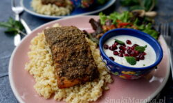 lachs rezept, za'atar, salmon recipe, łosoś z piekarnika, łosoś z zaatarem, sos z tahini