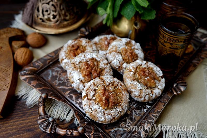 ghriba, moroccan sweets, moroccan cookies, kuchnia marokańska, marokańskie ciasteczka, ciasteczka orzechowe, orzechy włoskie przepis, kuchnia marokańska