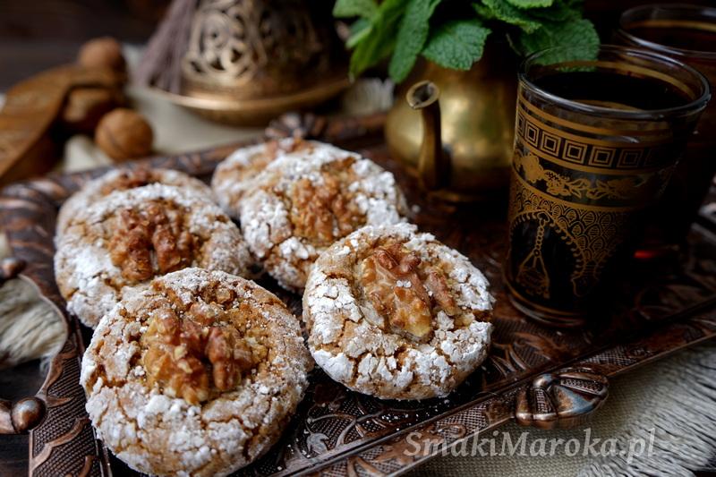 kuchnia marokańska przepisy, ciasteczka marokańskie orzechowe, ghriba, moroccan cuisine, moroccan sweets, ciasteczka arabskie, ramadan przepisy