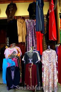 Tradycyjne stroje marokańskie, Souk w Rabacie