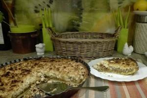 Tarta z jabłkami i rabarbarem w wykonaniu Ani
