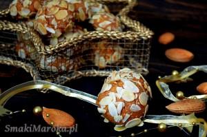 Bezglutenowe kulki z marcepanem, migdałami i cynamonem